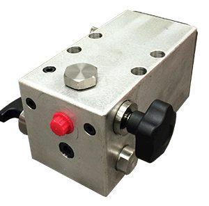 007-Hydrotest-Pumps-Big63201683121.jpg